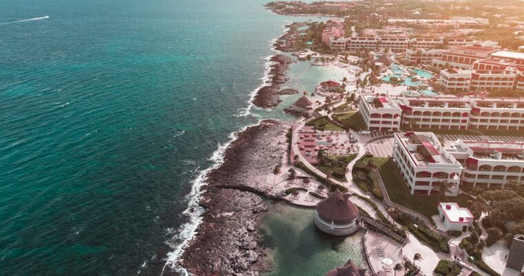 Travel around Riviera Maya in a solo Travel