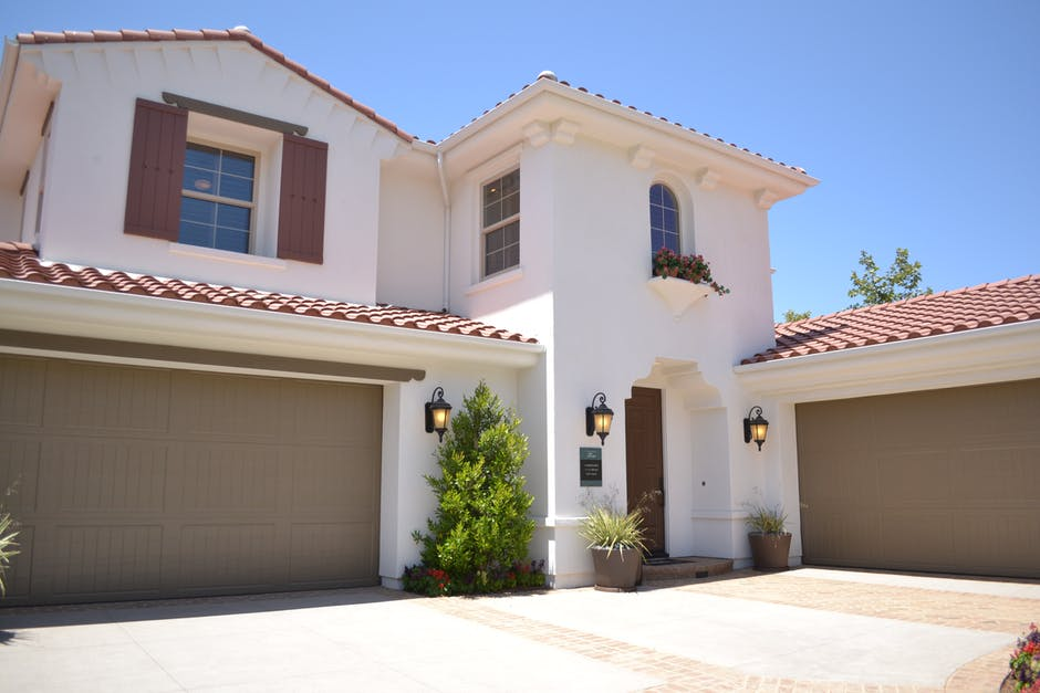 How Much Does It Cost to Add a Garage to Your House?