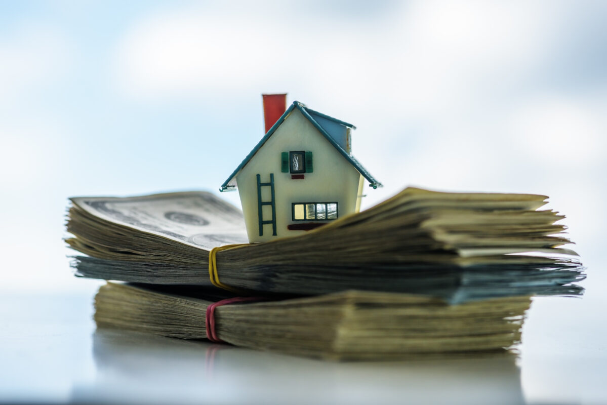 How to Sell a House for Cash: The Key Things to Do