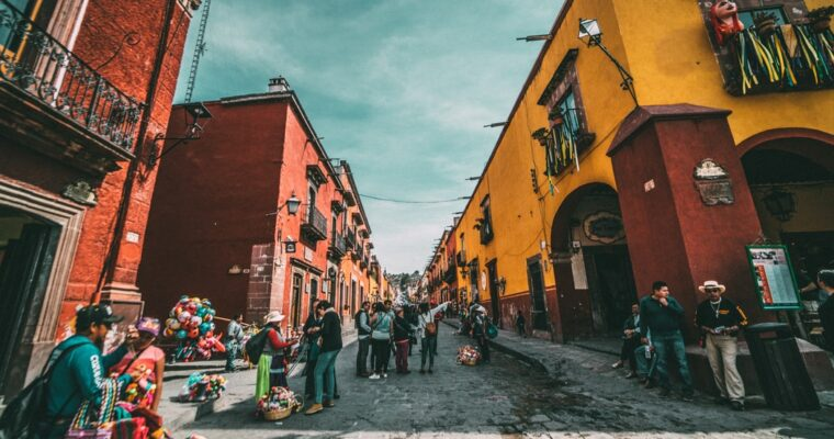 Rose Burillo – The Famous Noises of Mexico City